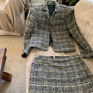 Ladies suit